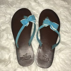 Hollister beach bow sandals